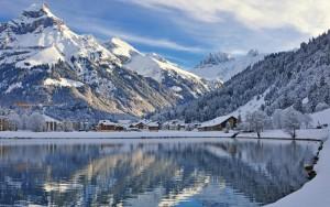 165766_gory_las_jezioro_zabudowania_zima